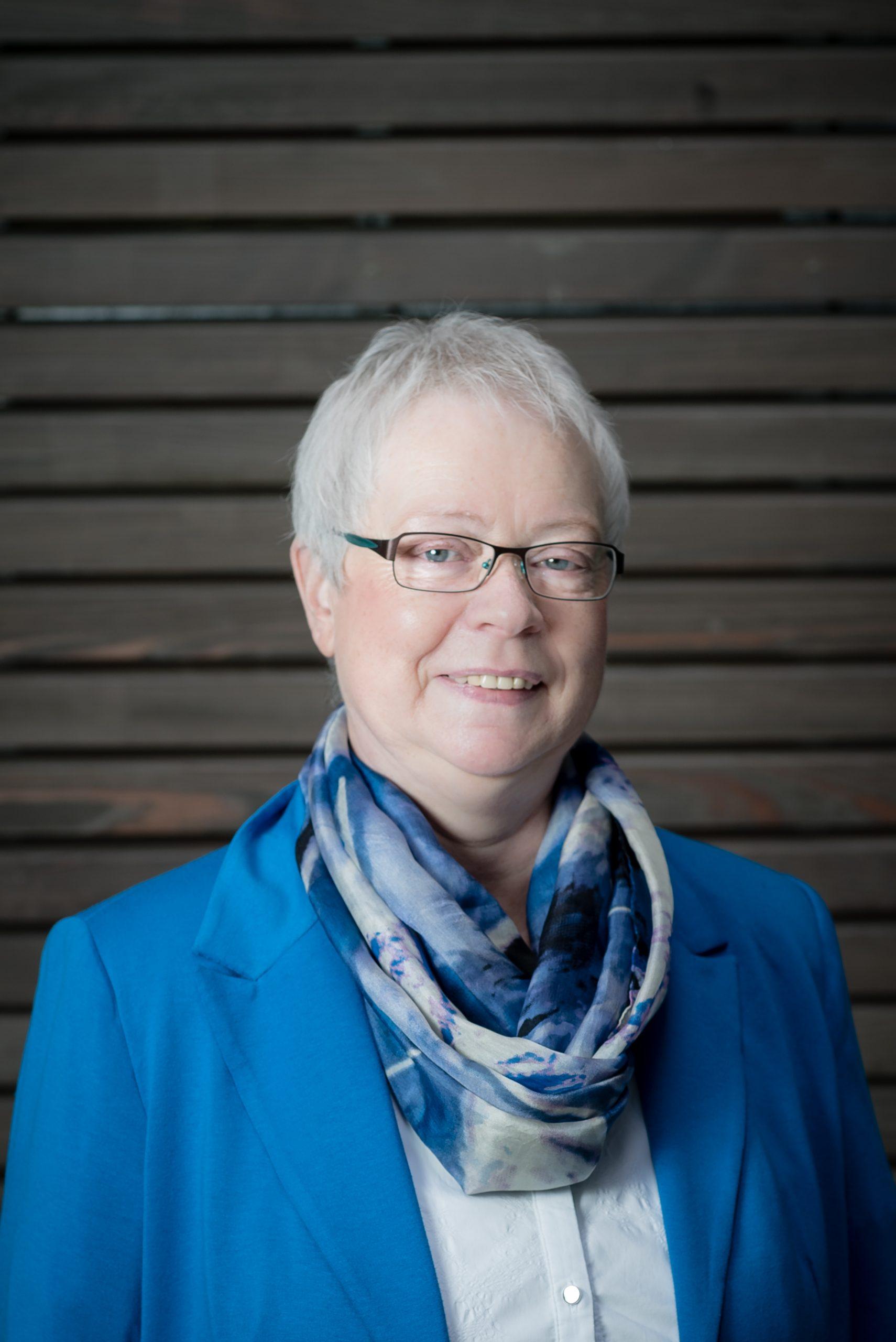 Frau Gabriele Walter